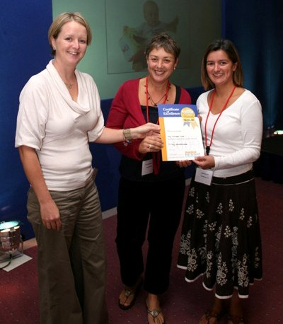 Helen Twigge-Molecey receiving award